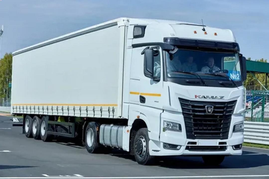 Поставщики предупредили о подорожании еды из-за ограничений для грузовиков в Москве