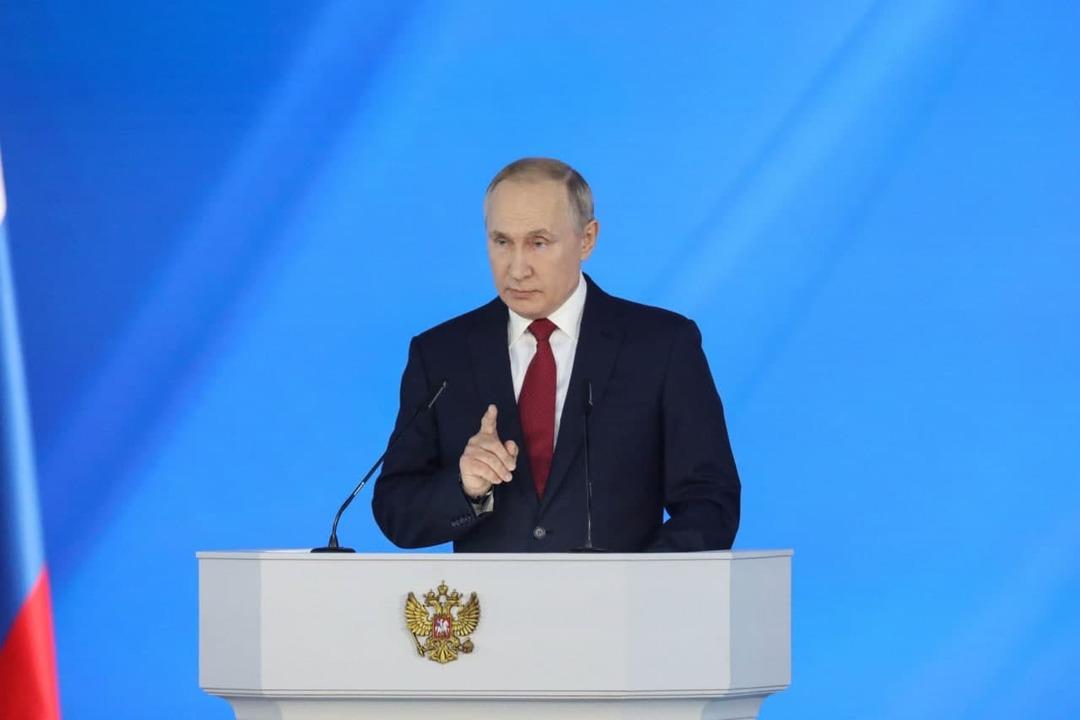 Путин предложил реструктуризировать бюджетные кредиты регионам
