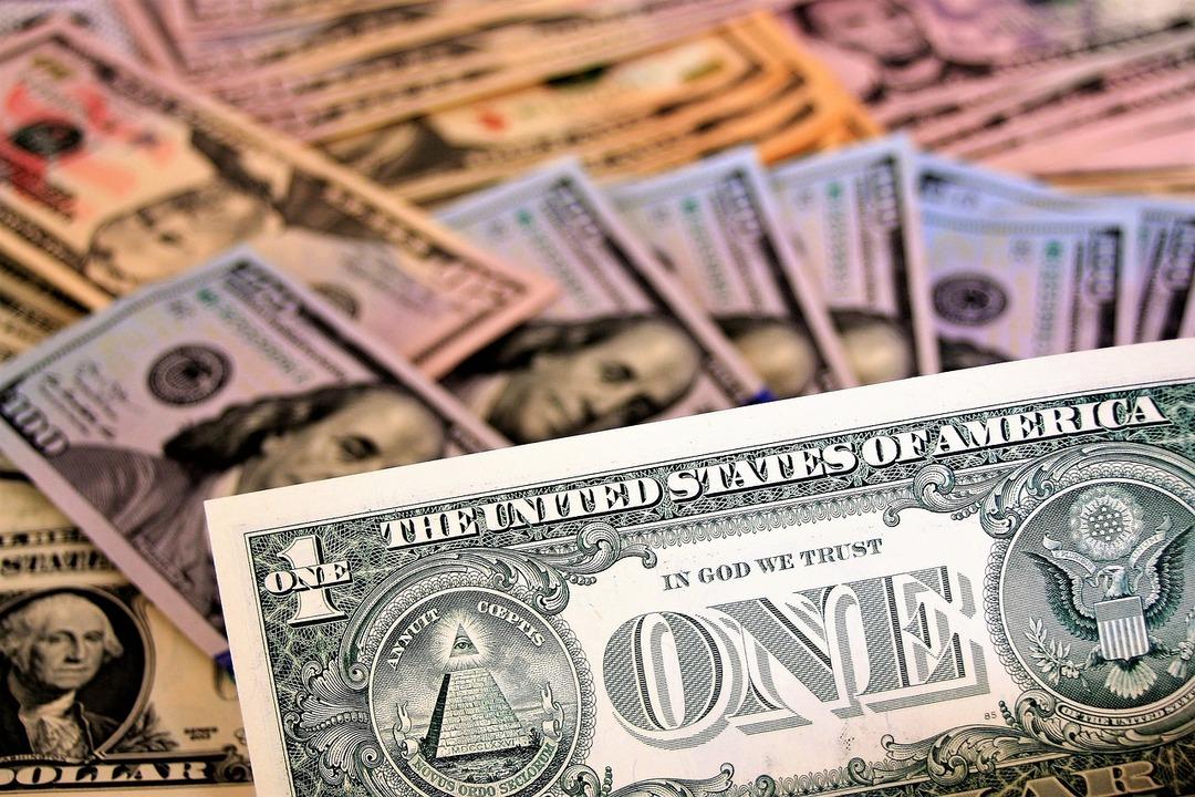Бывшая жена российского миллиардера стрясла со своего сына $100 млн через суд