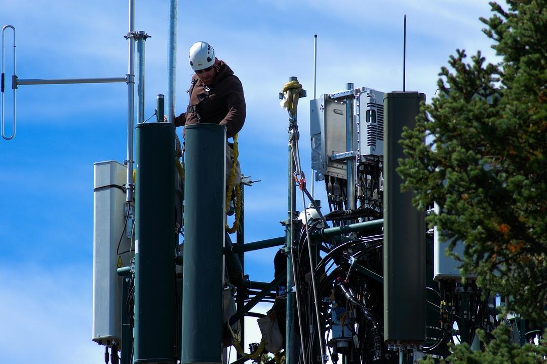 Российским операторам связи разрешили совместно строить сети 5G