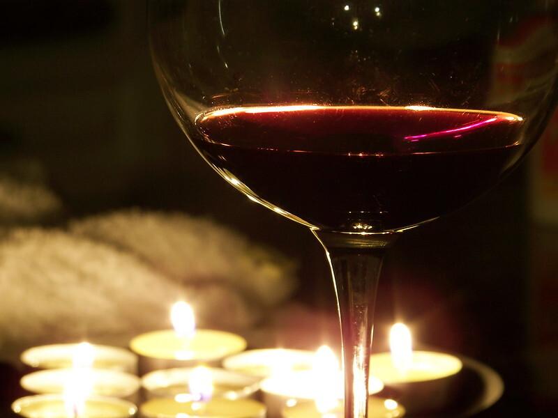 Названо самое популярное вино для инвестиций у россиян