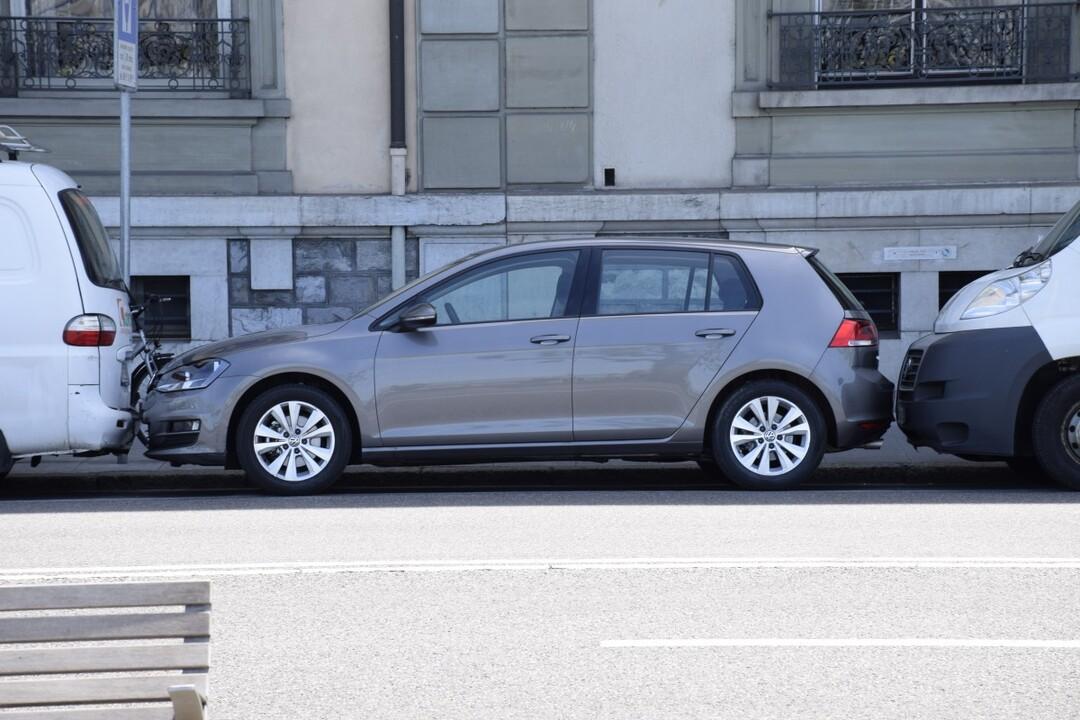 Россияне ринулись брать машины в кредит. По-другому купить авто многие теперь не могут