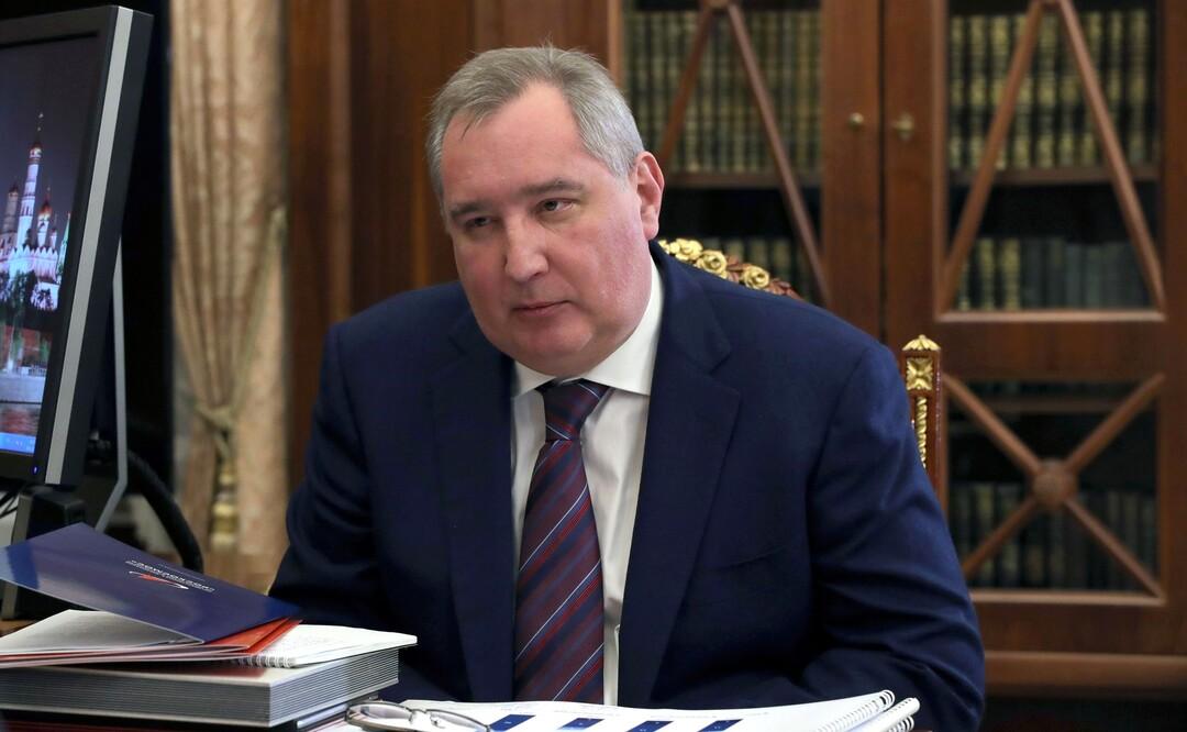 Рогозин за год удвоил свои доходы. Он заработал более 83 млн рублей
