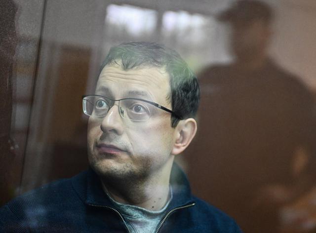 Топ-менеджера крупнейшего российского автодилера обвинили в выводе 4 млрд рублей за рубеж