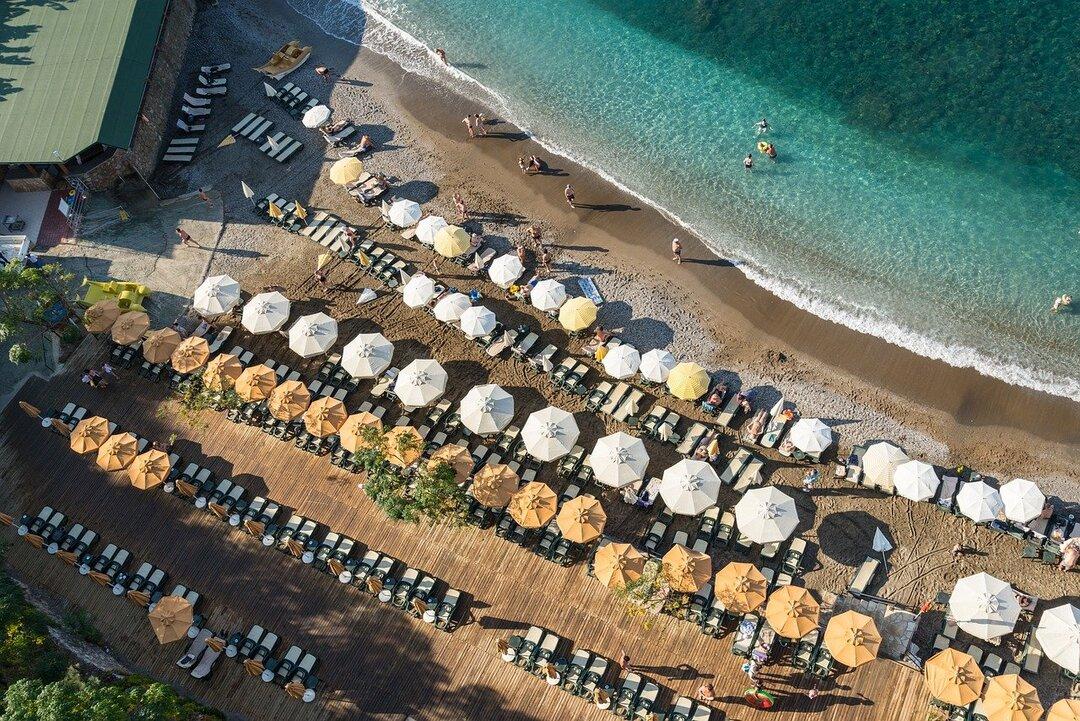Авиасообщение с Турцией могут возобновить из-за переполненных российских курортов