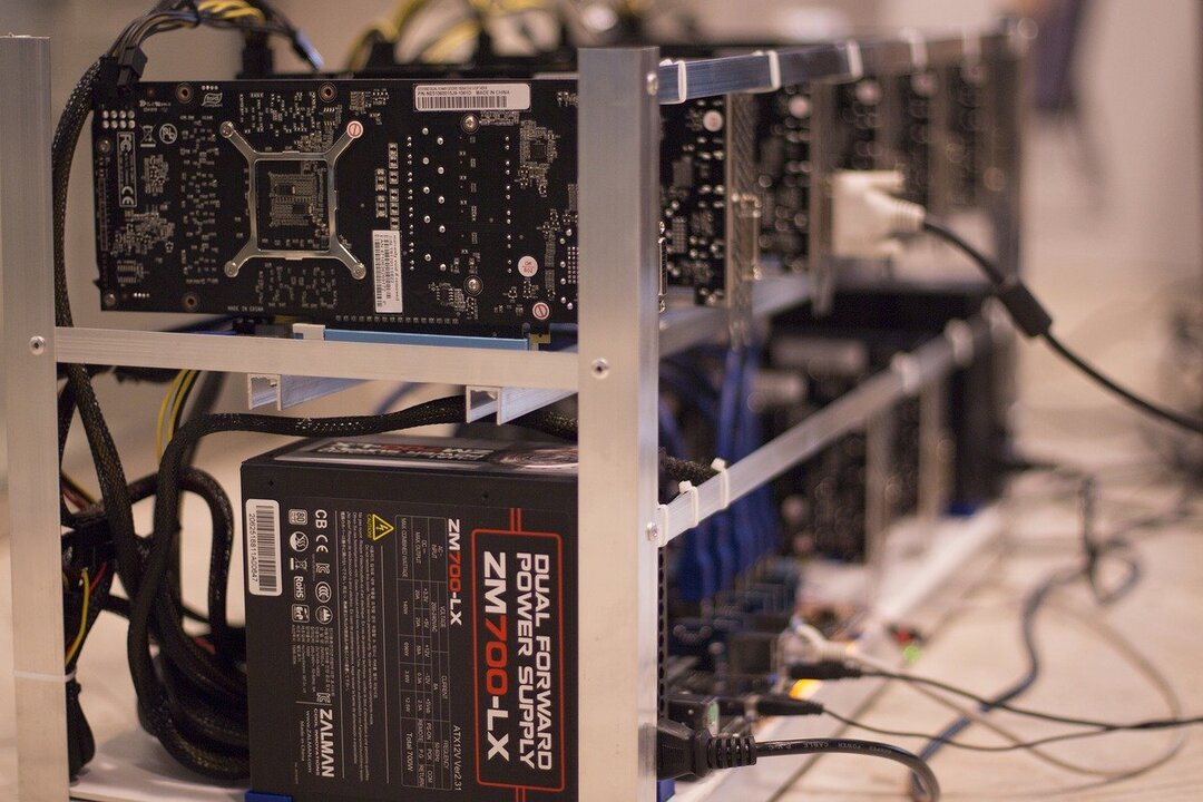Майнеры смогут подзаработать из-за войны Китая с криптовалютой