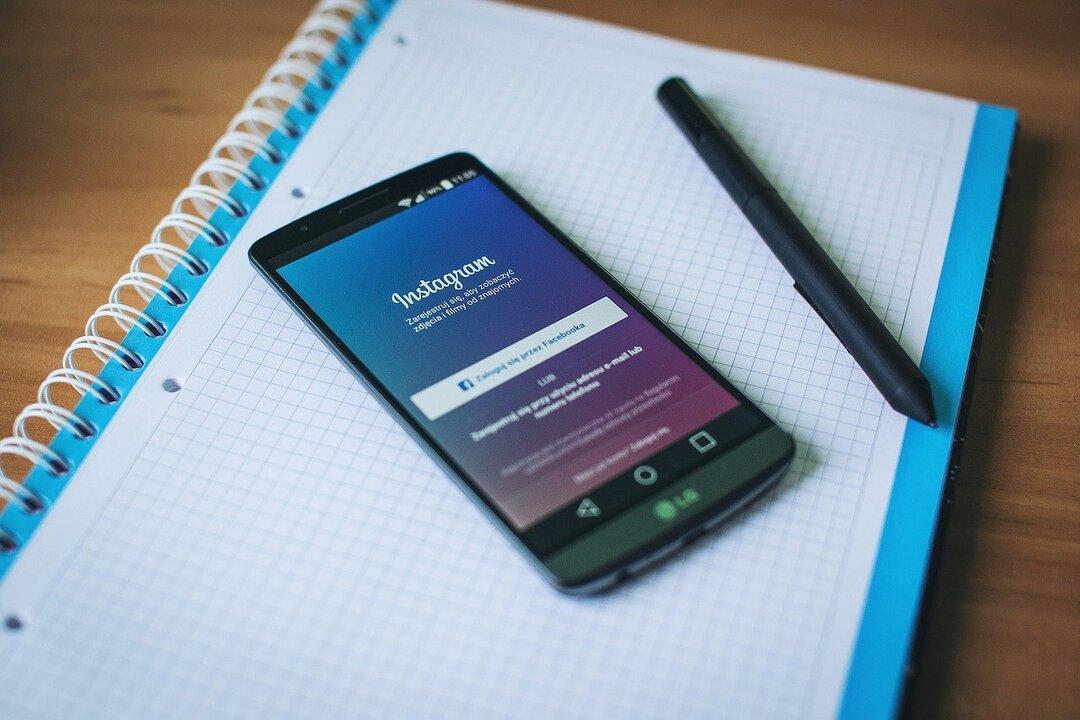 Instagram начал тестировать ссылки в сторис для всех пользователей