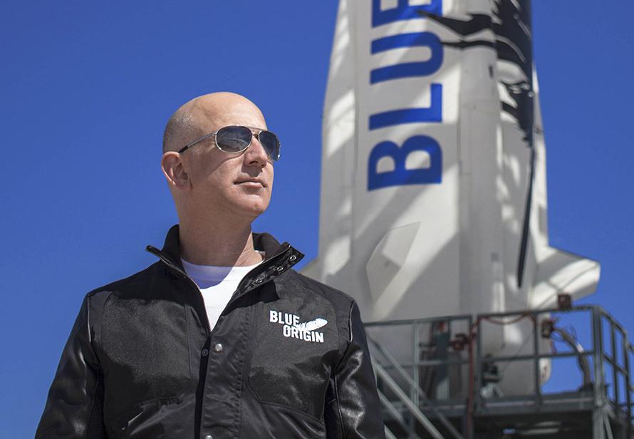 Blue Origin получила лицензию на запуск людей в космос за неделю до полёта Безоса