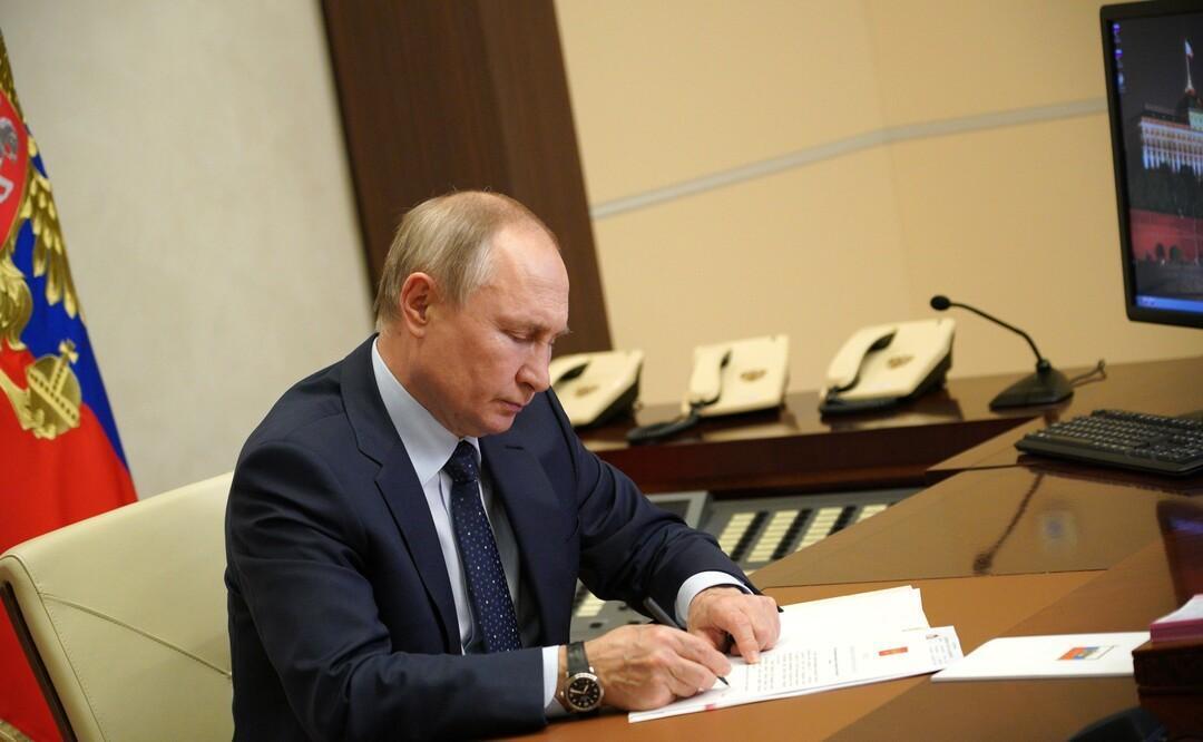 Россияне получат более 200 млрд рублей благодаря выплатам на школьников