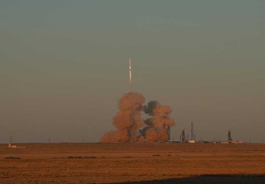 Путь длиной в 15 лет. Россия запустила к МКС новый модуль Наука