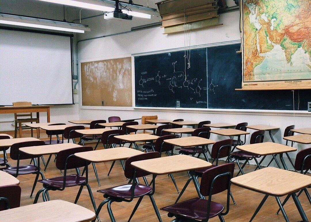 Россияне отказались от кредитов на сборы детей в школу. Помогли выплаты