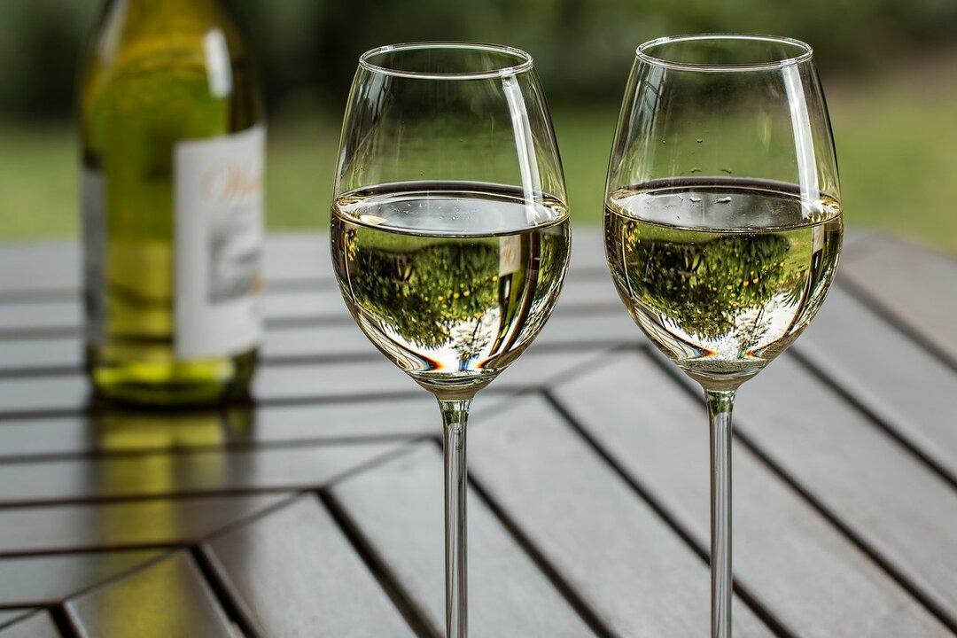 Составлен рейтинг самых дорогих вин в мире