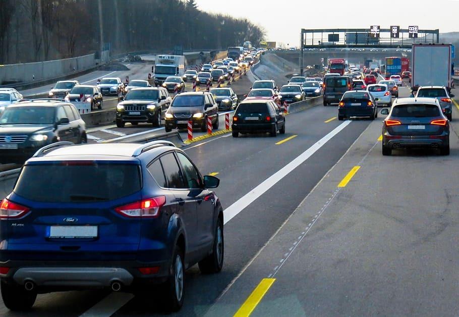 Девять компаний повысили цены на автомобили в России с 1 сентября