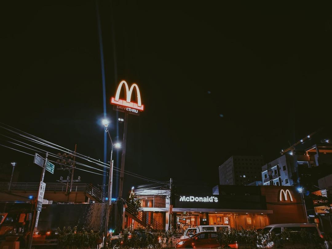 Макдоналдс решил добавить в меню бургер без мяса