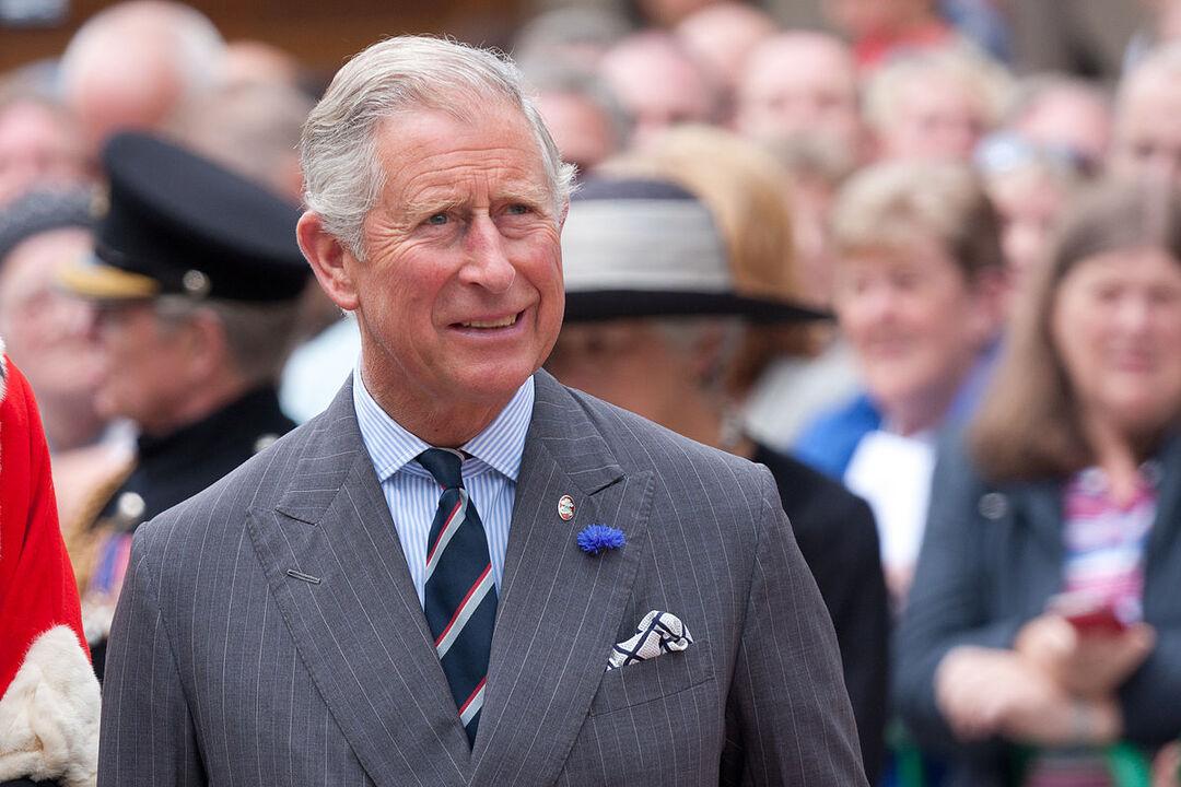 Стало известно о планах российского банкира за деньги встретиться с принцем Чарльзом