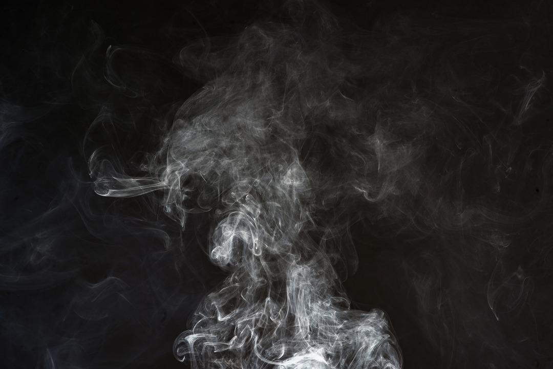 В России устройства для нагревания табака потеснили сигареты