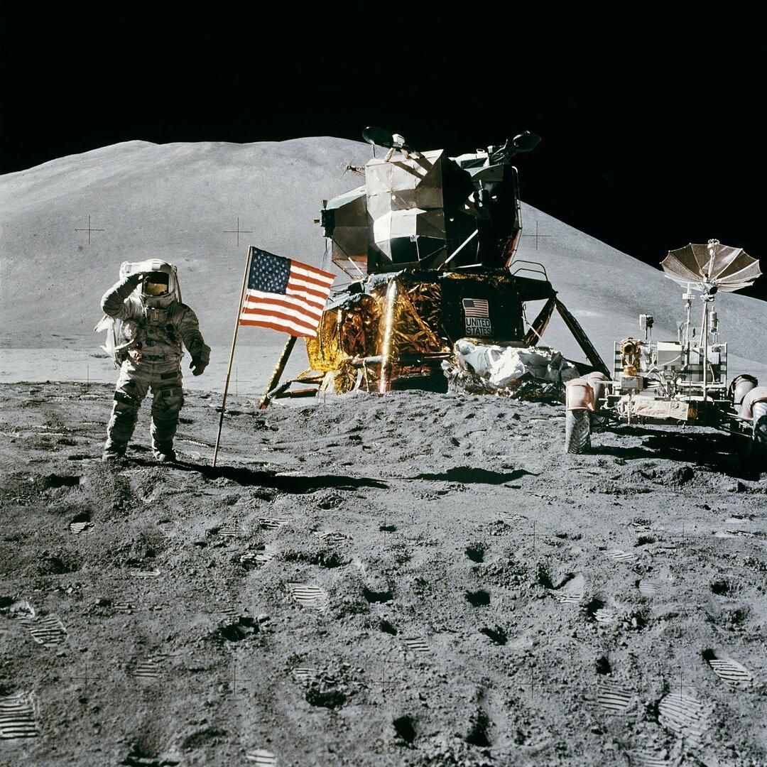 NASA выделит $146 млн на разработку лунного модуля. Безосу достанется больше, чем Маску