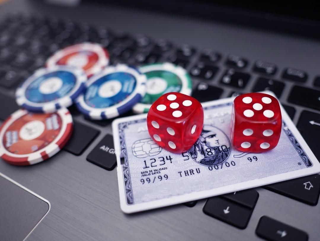 Сайт нелегальных казино игра казино рояль играть онлайн